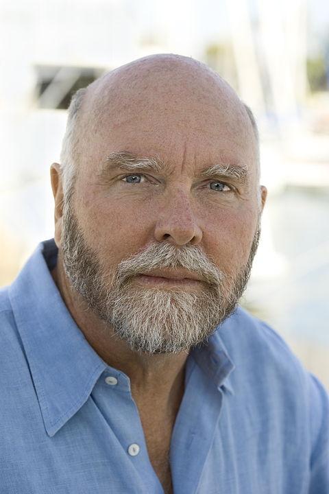 Craig Venter forradalmasította a génszekvenálást azáltal, hogy szuperszámítógépeket vetett be a géndarabkák összeillesztéséhez.