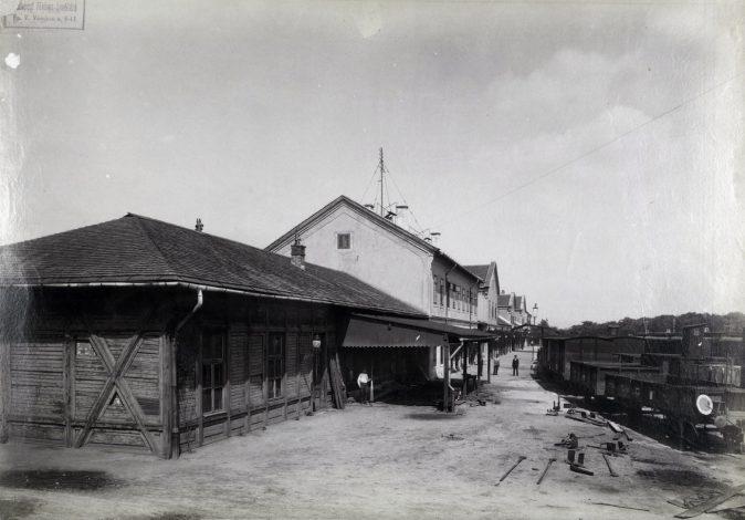 A Józsefvárosi pályaudvar, a MÁV első pesti pályaudvara 1890 körül